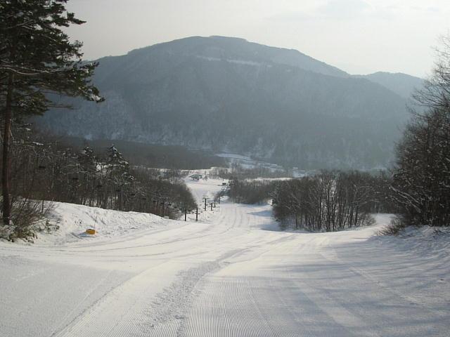 綺麗に圧雪された快適な上部コースっ♪