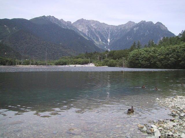 大正池から見た穂高連峰