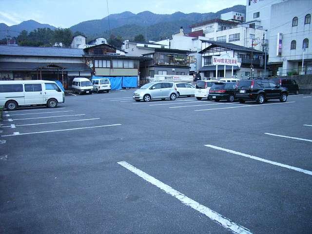 広くて便利な第2駐車場♪(ただし夏祭り期間中は利用不可)