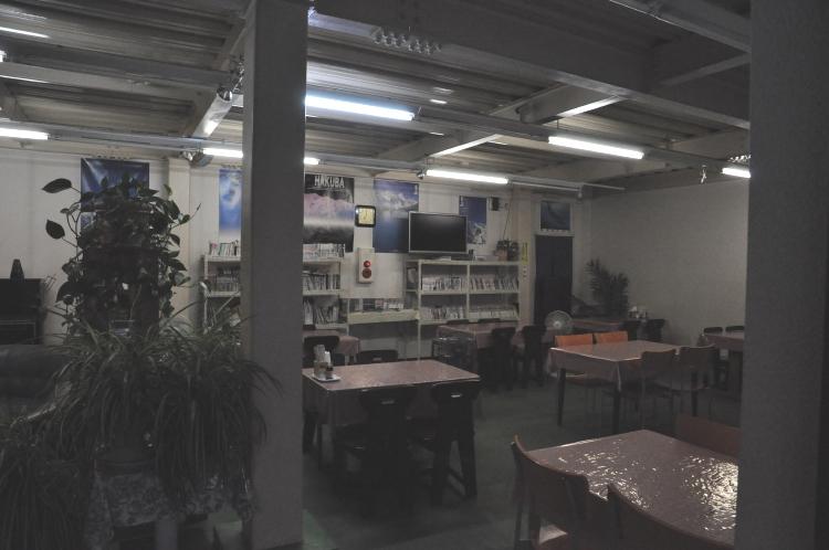 食堂兼談話室(その1)♪