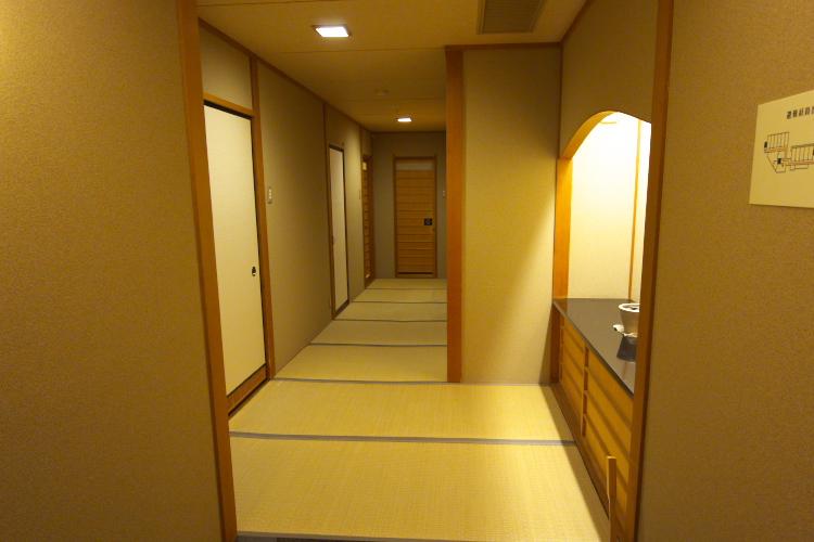廊下だろうか?