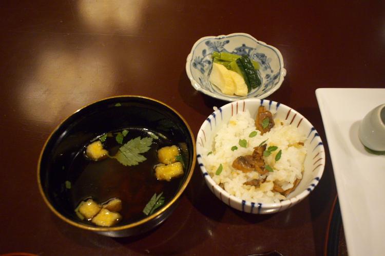 食事と留椀♪