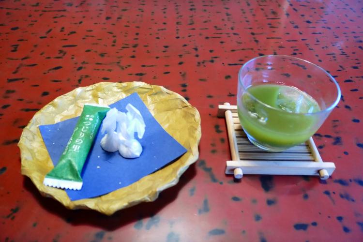 お茶菓子2種&グリーンティ♪
