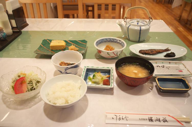 朝食(ほぼ全景)♪